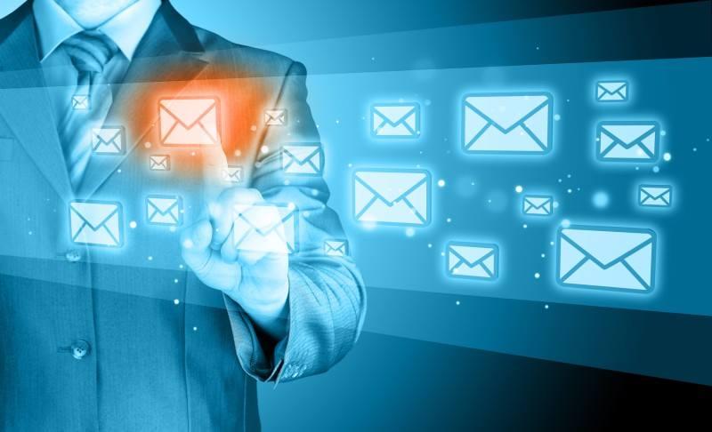 İstenmeyen e-postalar e-ticaret sitelerine ne zarar verebilir?